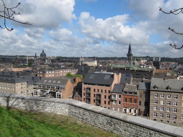Vue de la ville (côté Sambre), depuis la citadelle.