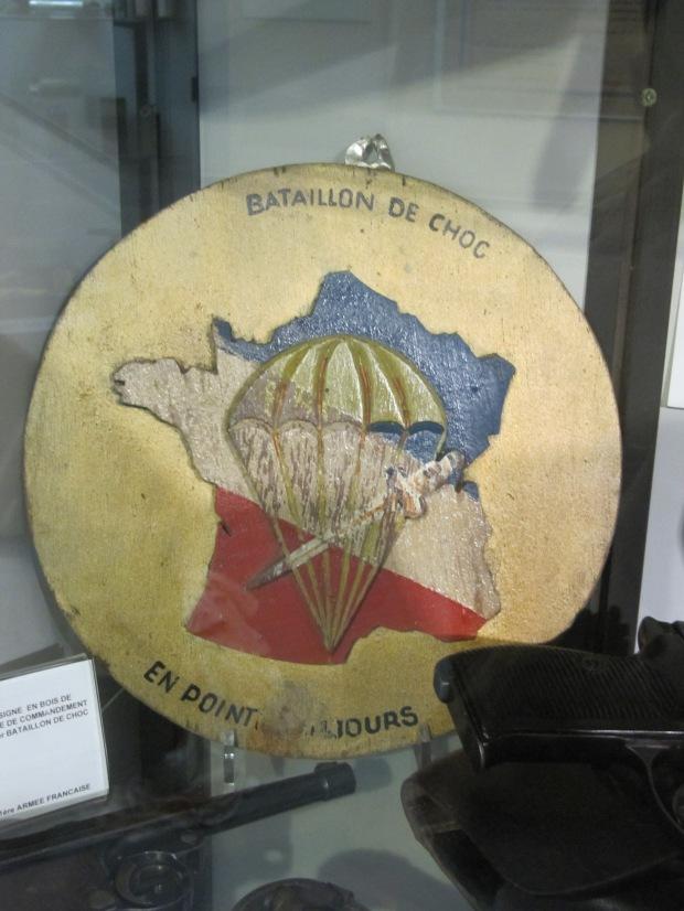 Insigne du bataillon de choc, unité d'élite de la France Libre.