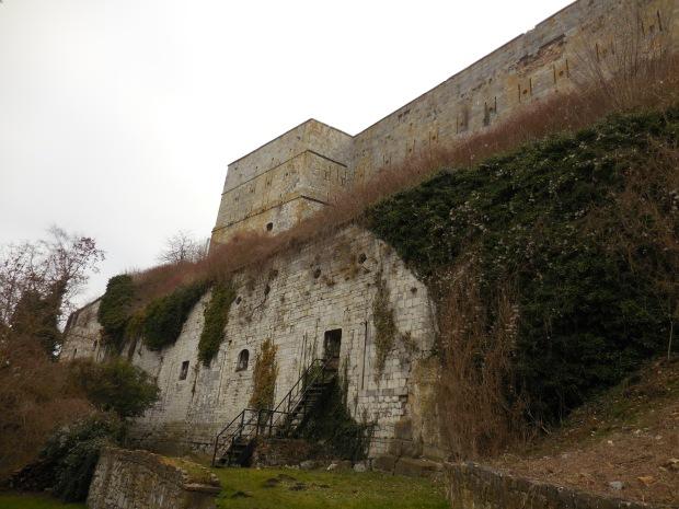 Le fort, de près.
